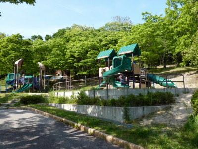Kikuko 39 s website idaka grees idaka ryokuchi for Tsurumi ryokuchi swimming pool